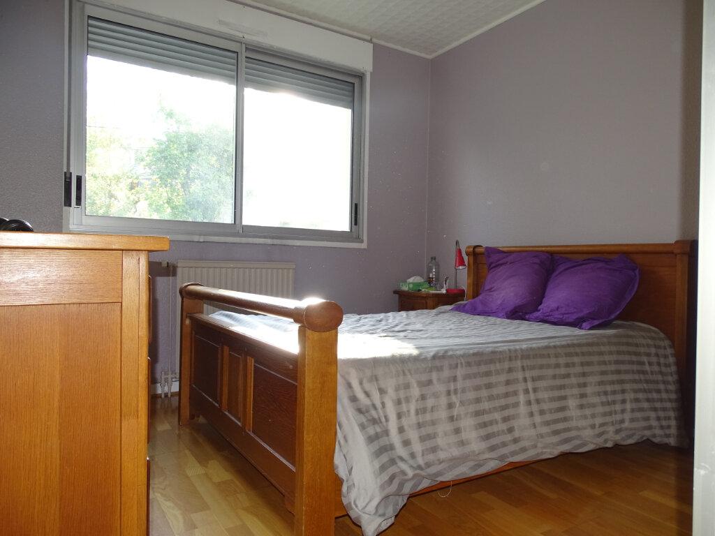 Appartement à vendre 4 92.66m2 à Saint-Étienne vignette-9