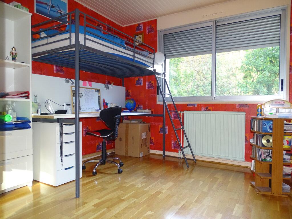 Appartement à vendre 4 92.66m2 à Saint-Étienne vignette-10