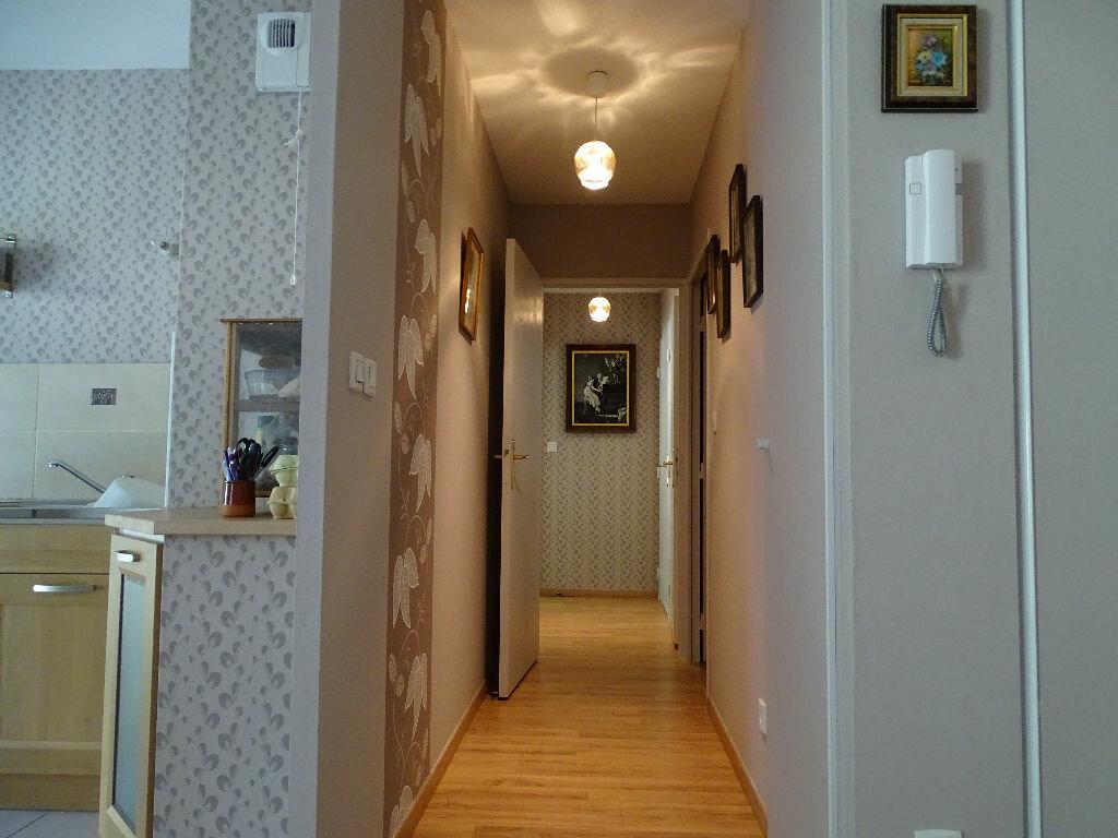 Appartement à vendre 3 59.35m2 à Saint-Étienne vignette-2