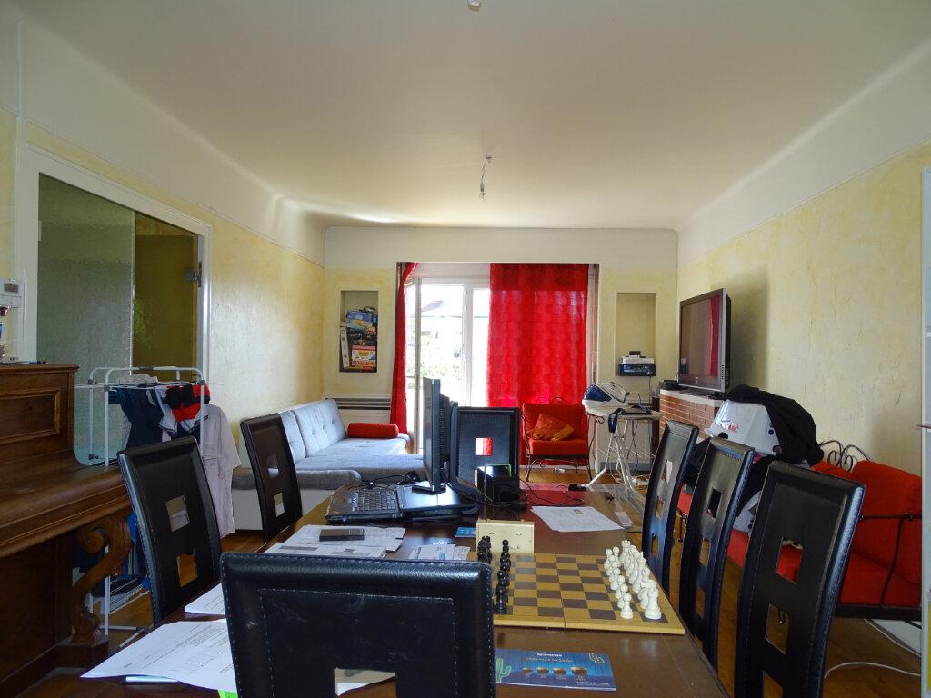 Appartement à vendre 5 108.9m2 à Saint-Étienne vignette-4
