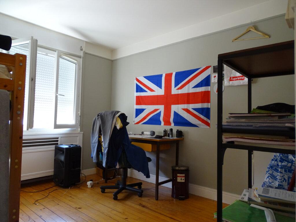 Appartement à vendre 5 108.9m2 à Saint-Étienne vignette-7