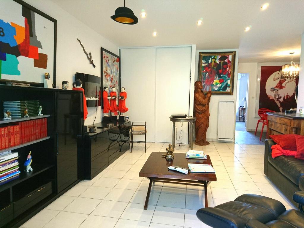 Appartement à vendre 3 64m2 à Royan vignette-4