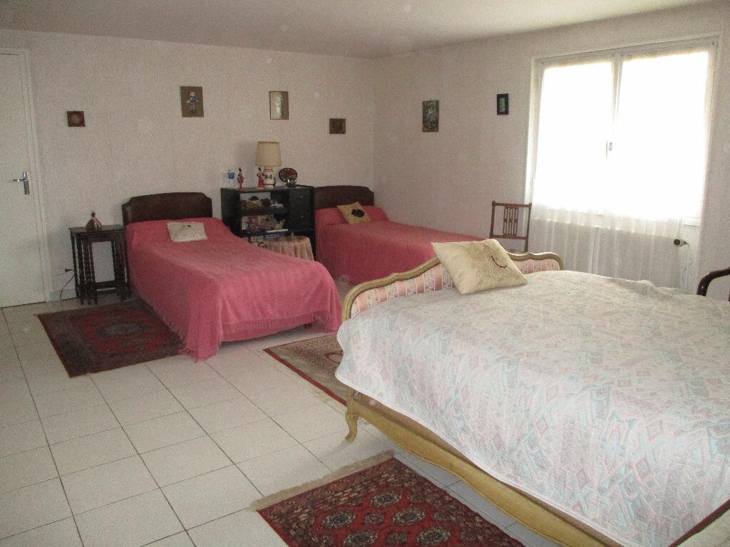 Maison à vendre 6 192m2 à Royan vignette-6