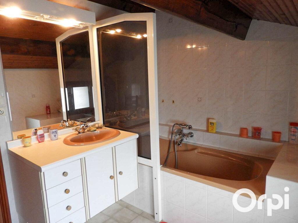 Maison à vendre 5 120m2 à Saint-Palais-sur-Mer vignette-15