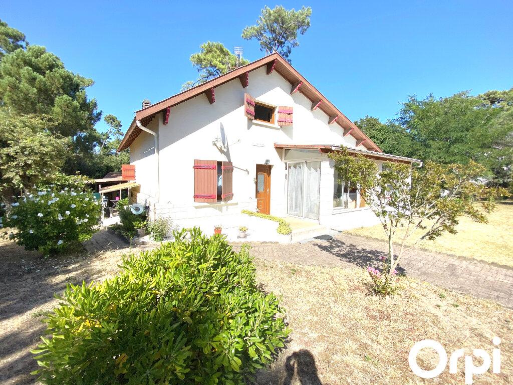 Maison à vendre 8 150m2 à Saint-Palais-sur-Mer vignette-2