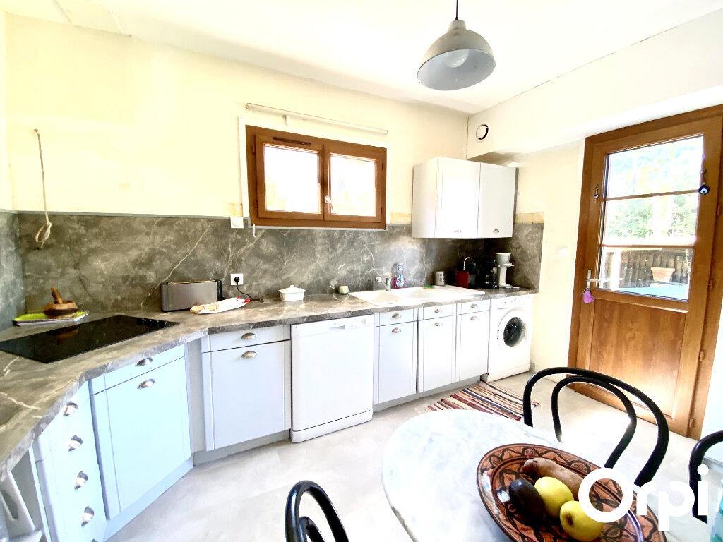 Maison à vendre 8 150m2 à Saint-Palais-sur-Mer vignette-5