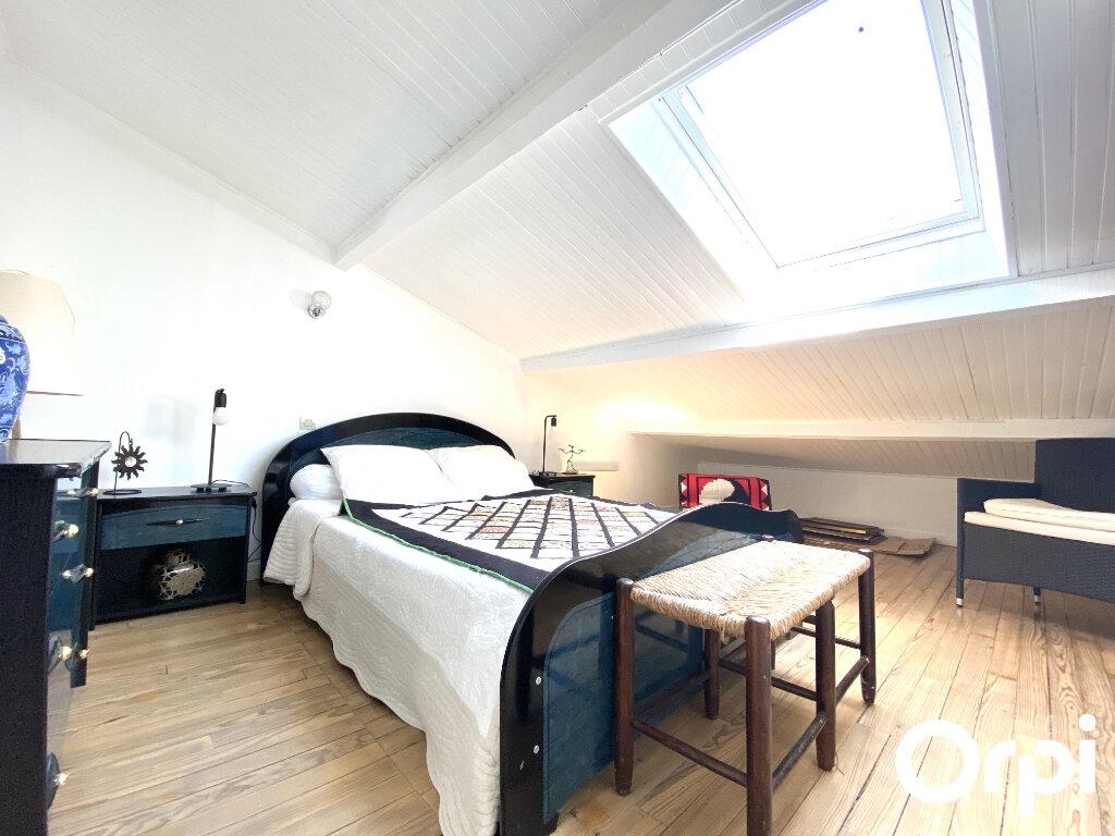 Maison à vendre 8 150m2 à Saint-Palais-sur-Mer vignette-9