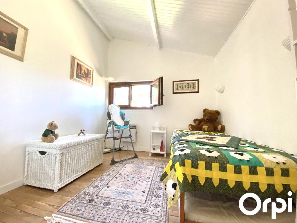 Maison à vendre 8 150m2 à Saint-Palais-sur-Mer vignette-13