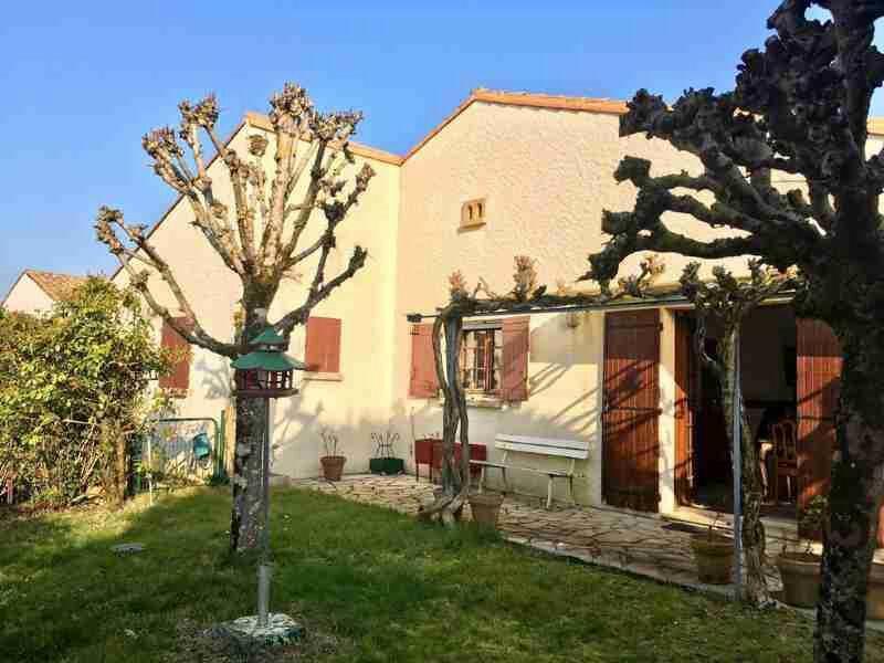 Maison à vendre 6 183m2 à Saint-Palais-sur-Mer vignette-2