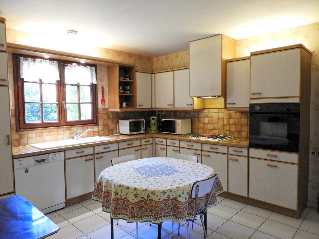 Maison à vendre 6 183m2 à Saint-Palais-sur-Mer vignette-8