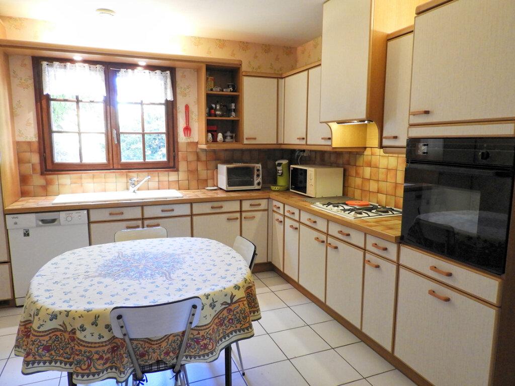 Maison à vendre 6 183m2 à Saint-Palais-sur-Mer vignette-9
