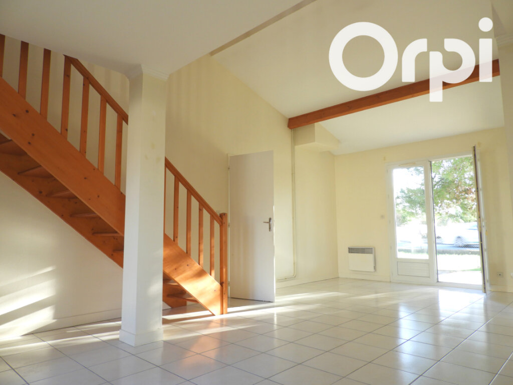 Maison à vendre 4 97m2 à Saint-Palais-sur-Mer vignette-4