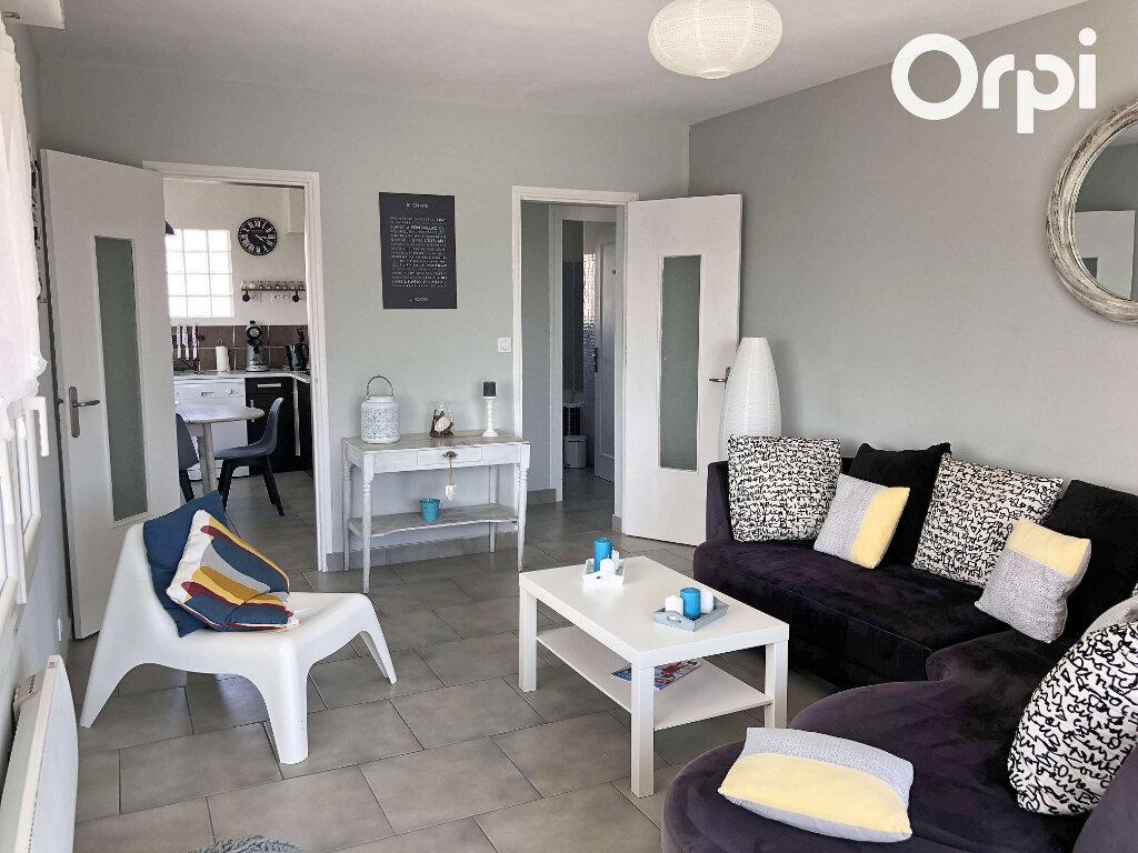 Appartement à vendre 3 74m2 à Vaux-sur-Mer vignette-4
