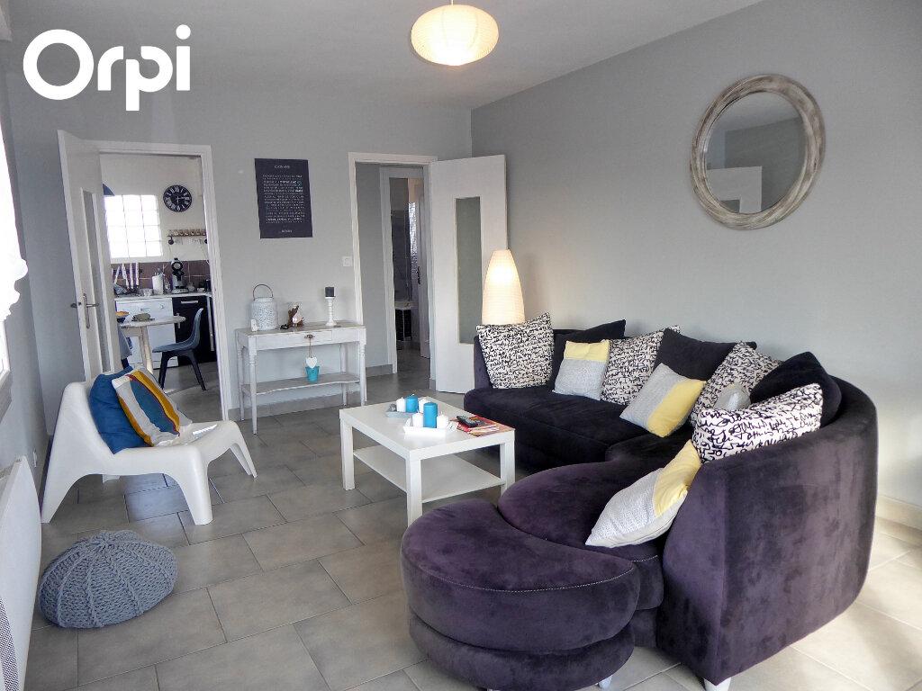 Appartement à vendre 3 74m2 à Vaux-sur-Mer vignette-6