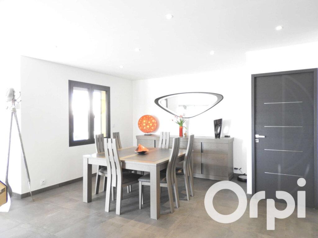 Maison à vendre 5 155m2 à Saint-Palais-sur-Mer vignette-8