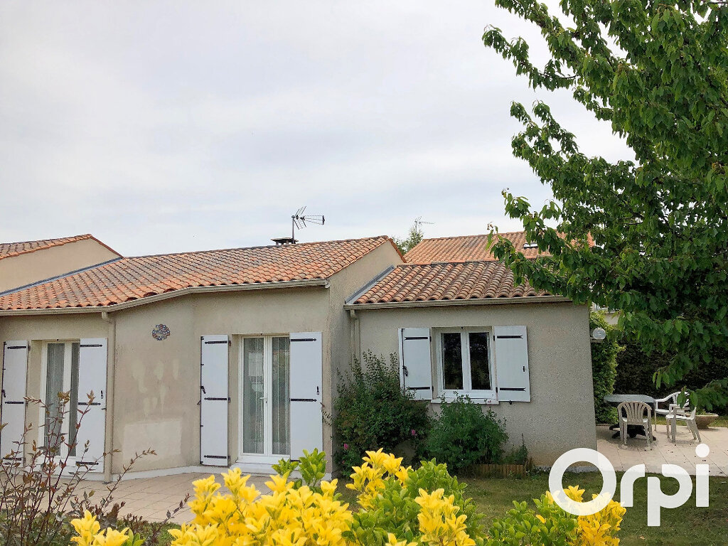Maison à vendre 5 119m2 à Saint-Palais-sur-Mer vignette-18