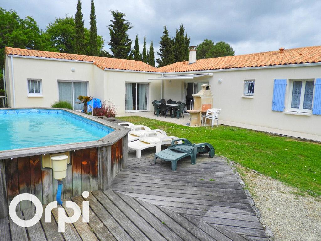 Maison à vendre 8 168m2 à Saint-Palais-sur-Mer vignette-1