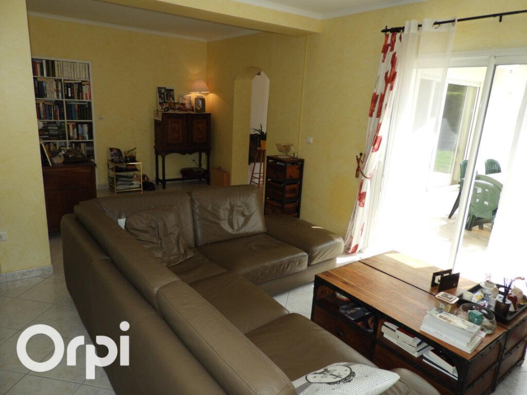 Maison à vendre 8 168m2 à Saint-Palais-sur-Mer vignette-3