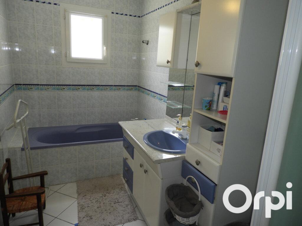 Maison à vendre 8 168m2 à Saint-Palais-sur-Mer vignette-15