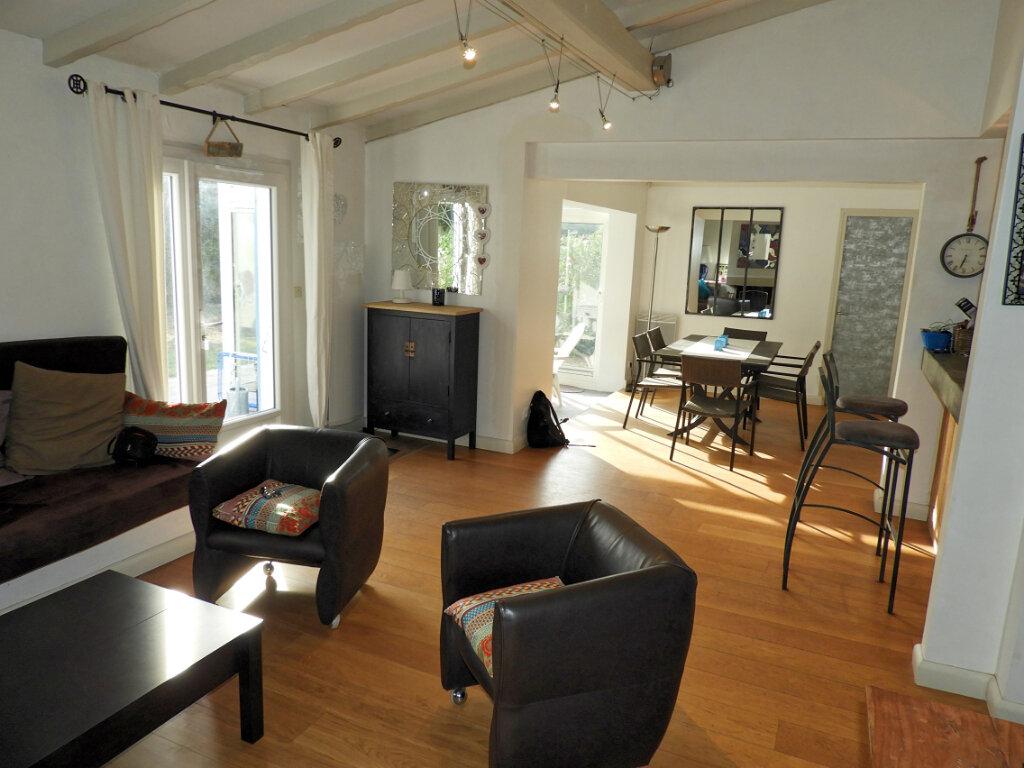 Maison à vendre 4 97m2 à Saint-Palais-sur-Mer vignette-2