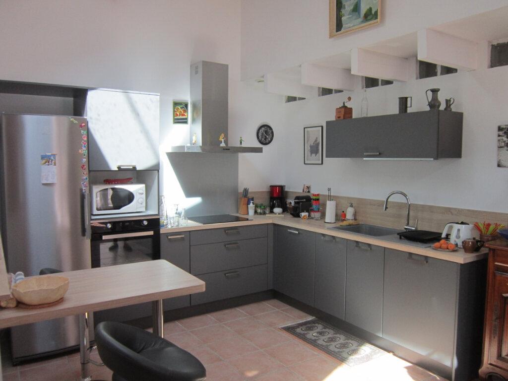 Maison à vendre 4 106m2 à Breuillet vignette-4