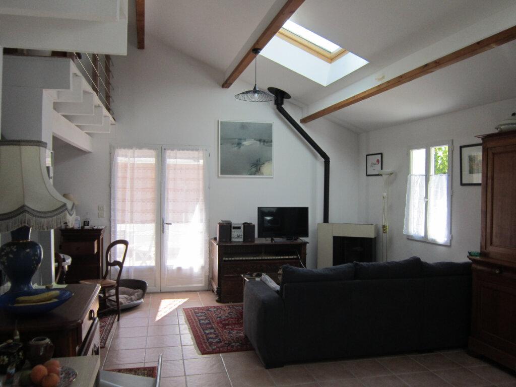 Maison à vendre 4 106m2 à Breuillet vignette-5