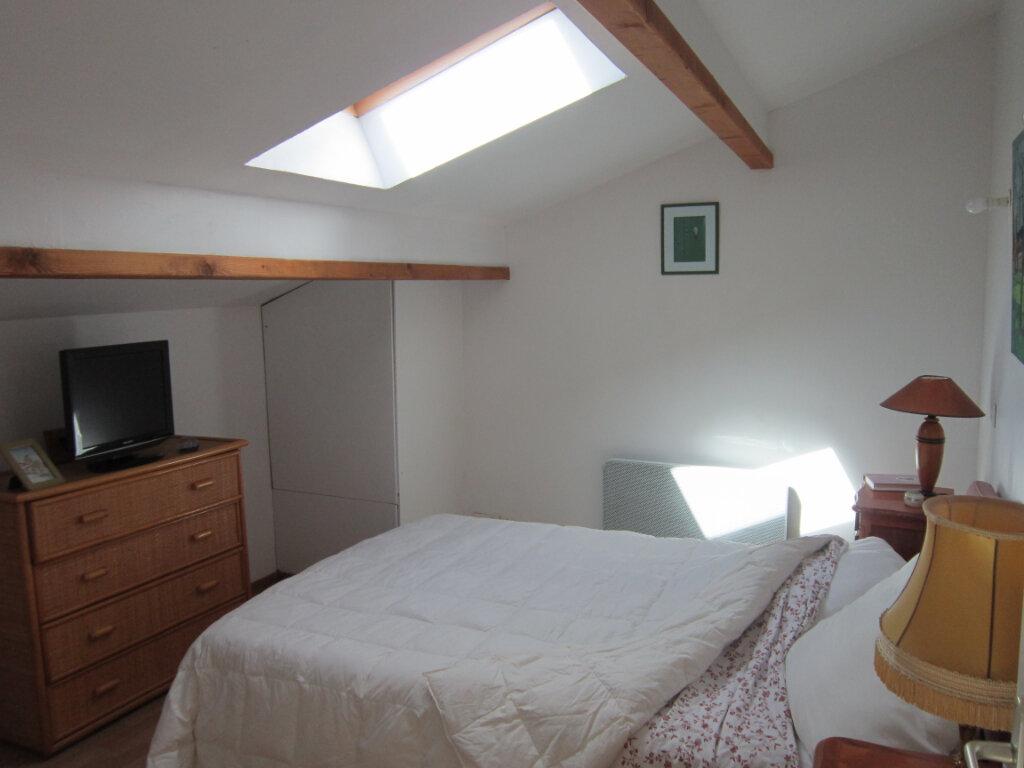 Maison à vendre 4 106m2 à Breuillet vignette-8