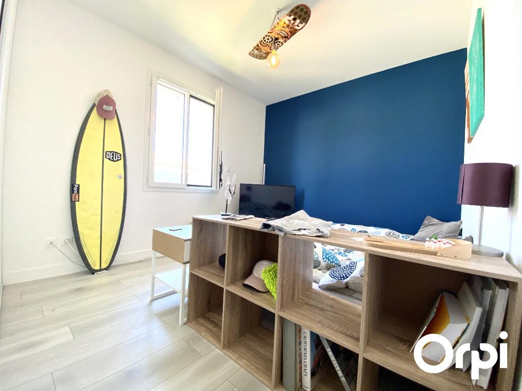 Maison à vendre 4 92.48m2 à Saint-Palais-sur-Mer vignette-12