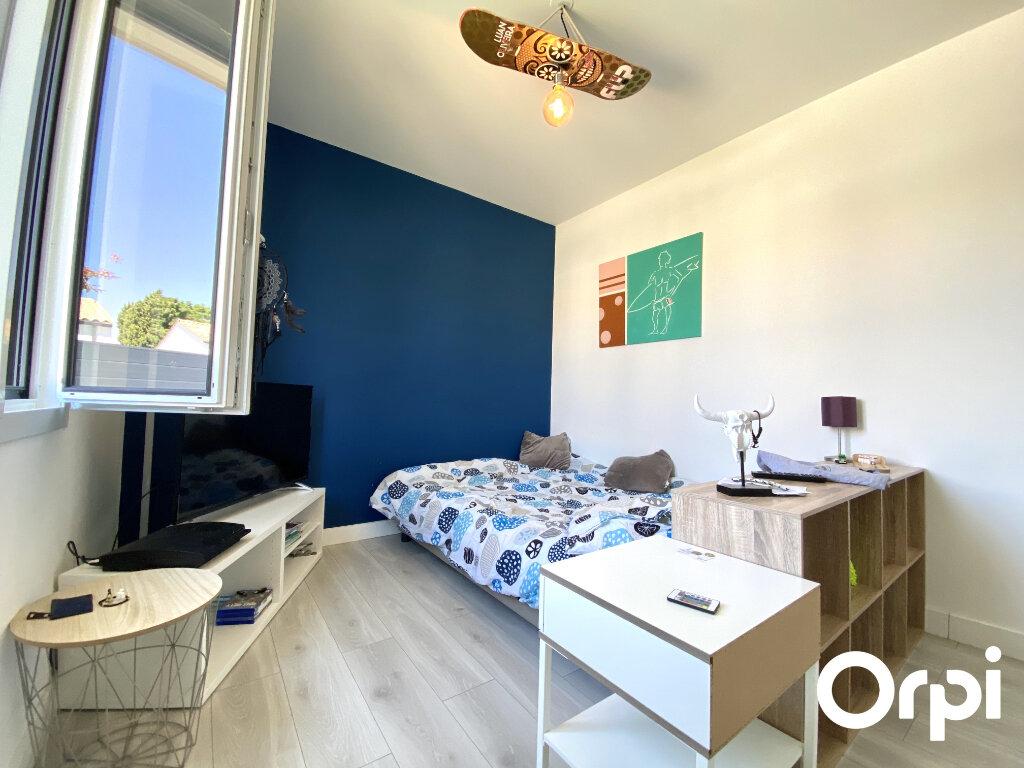 Maison à vendre 4 92.48m2 à Saint-Palais-sur-Mer vignette-13