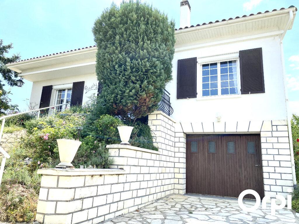Maison à vendre 5 130m2 à Saint-Palais-sur-Mer vignette-1