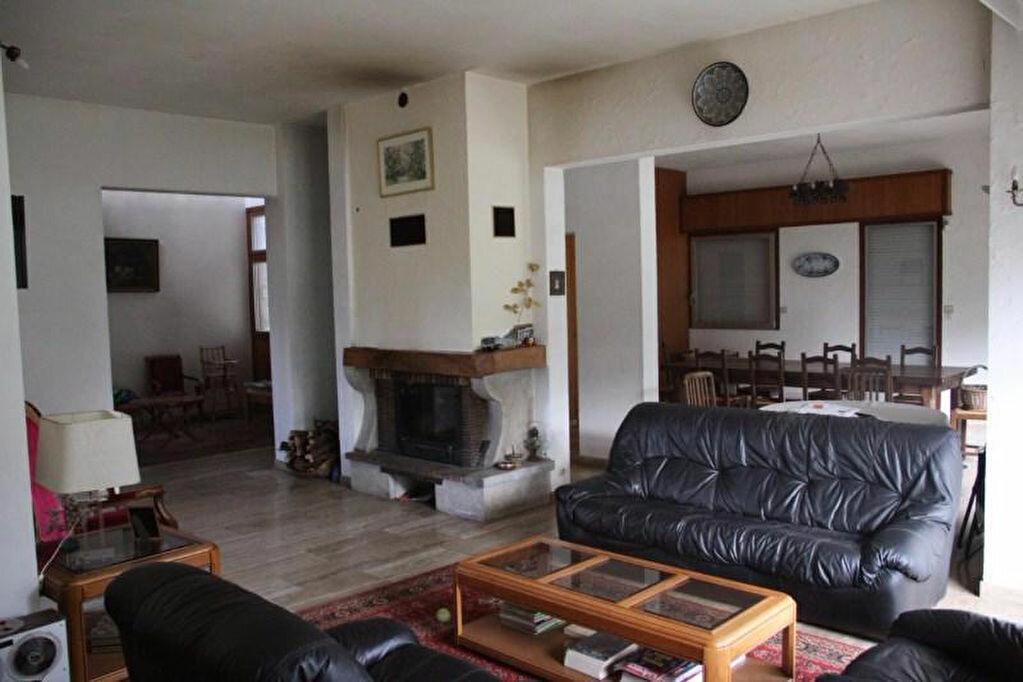 Maison à vendre 9 225m2 à Bourg-en-Bresse vignette-5