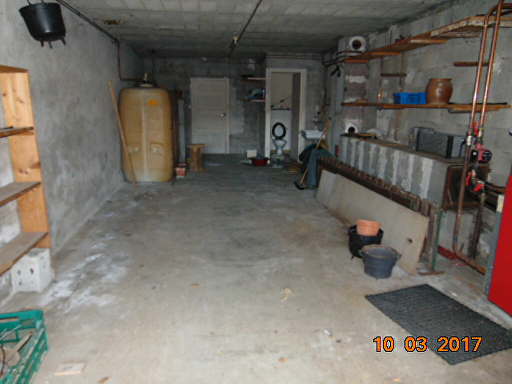 Maison à vendre 10 204m2 à Cormaranche-en-Bugey vignette-2