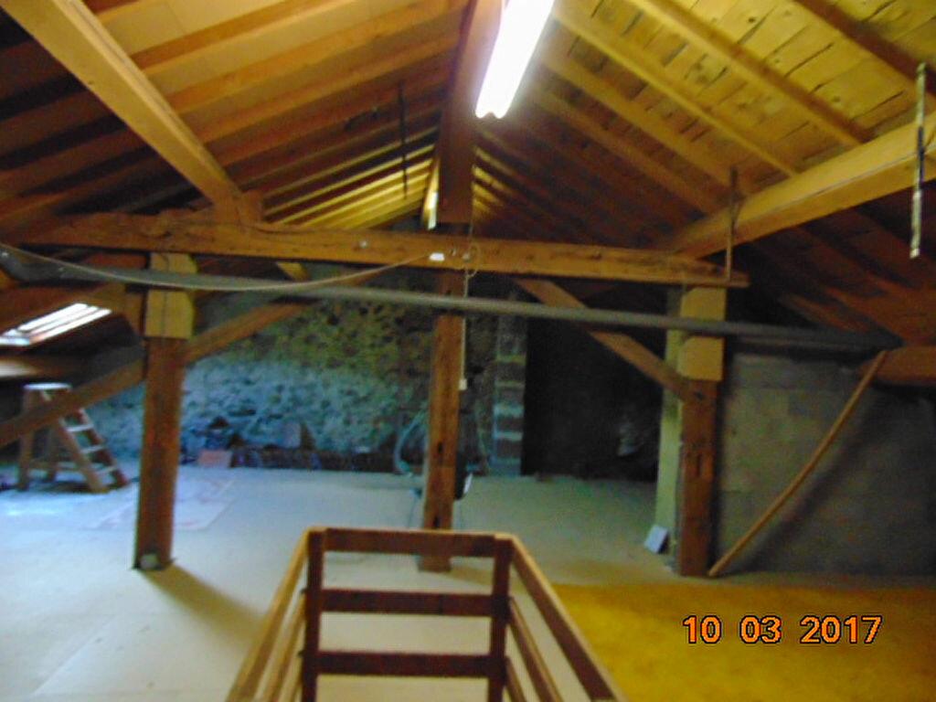Maison à vendre 10 204m2 à Cormaranche-en-Bugey vignette-8