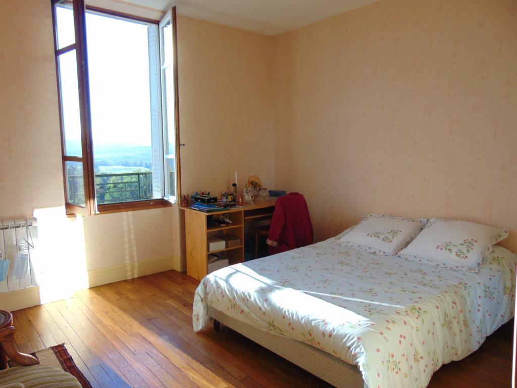 Appartement à vendre 4 65.3m2 à Hauteville-Lompnes vignette-9