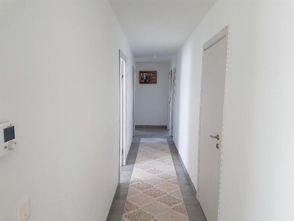 Maison à vendre 6 133m2 à Ceyzériat vignette-2