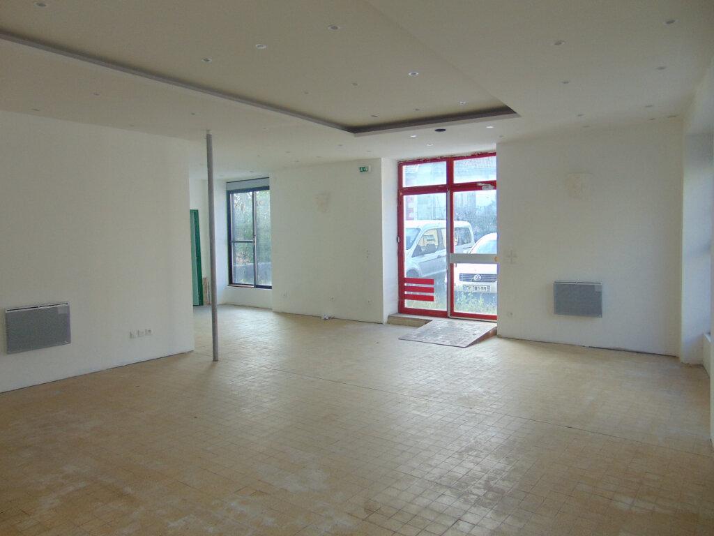 Maison à vendre 5 145m2 à Hauteville-Lompnes vignette-4