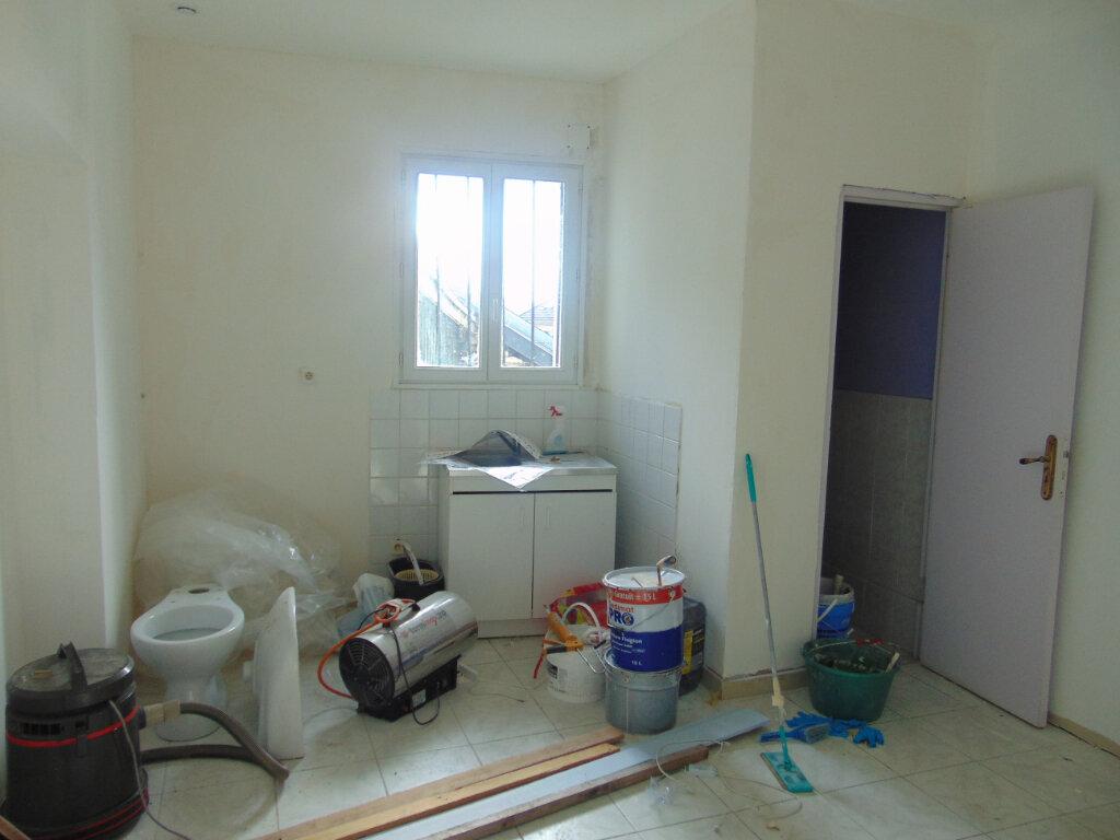 Maison à vendre 5 145m2 à Hauteville-Lompnes vignette-7