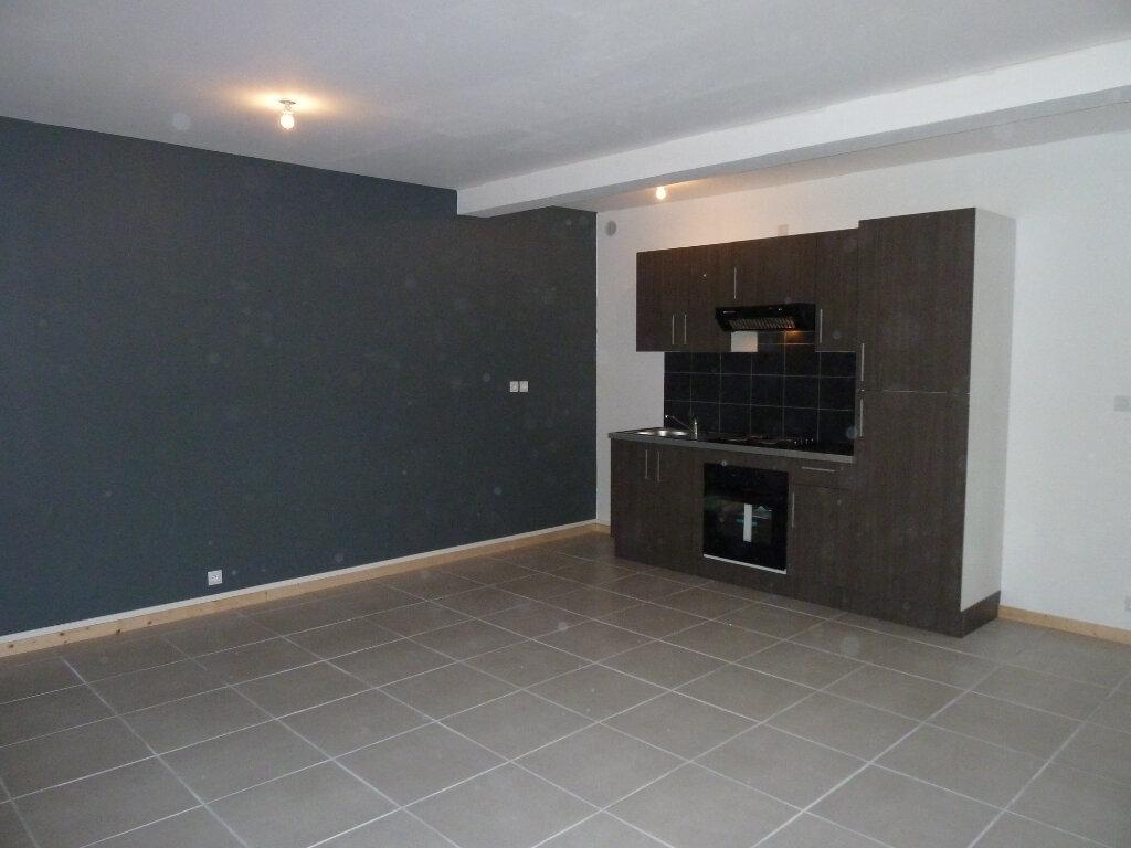 Appartement à vendre 2 52m2 à Brénod vignette-1