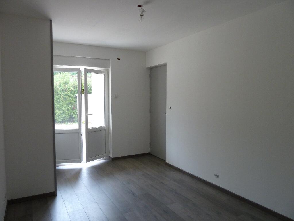 Appartement à vendre 2 52m2 à Brénod vignette-3
