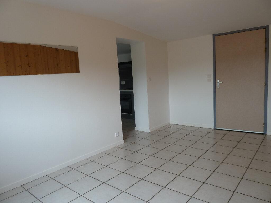 Appartement à vendre 2 68m2 à Brénod vignette-4