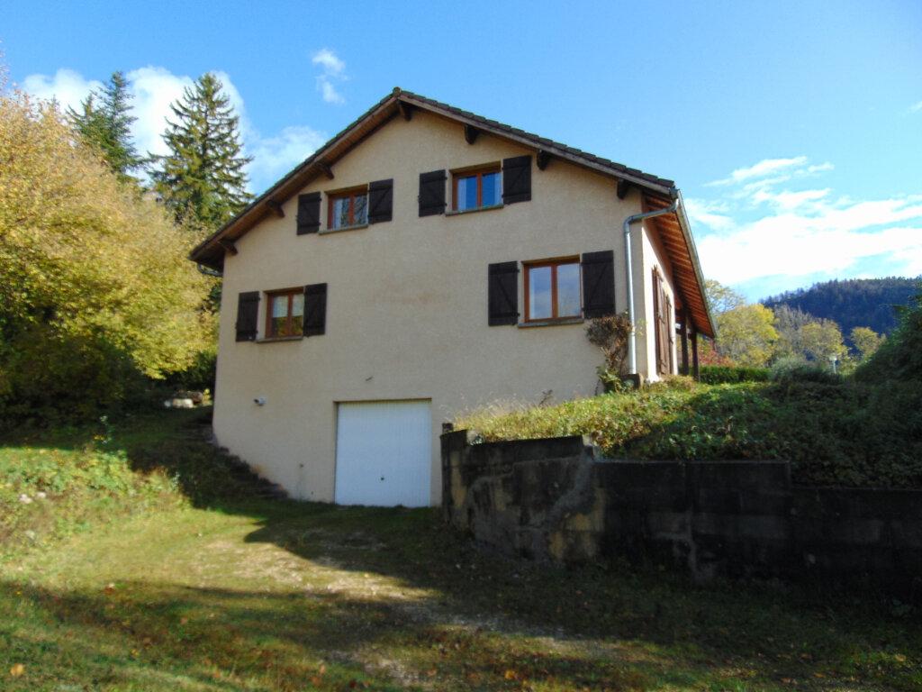 Maison à vendre 7 147m2 à Hauteville-Lompnes vignette-2