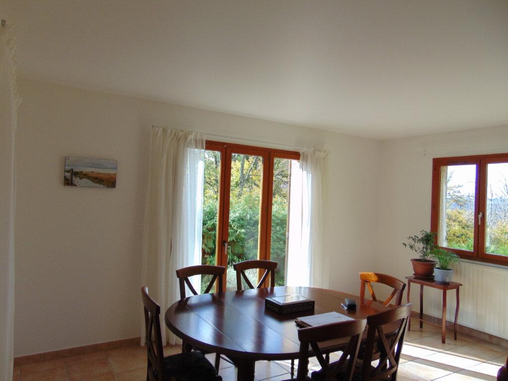 Maison à vendre 7 147m2 à Hauteville-Lompnes vignette-6