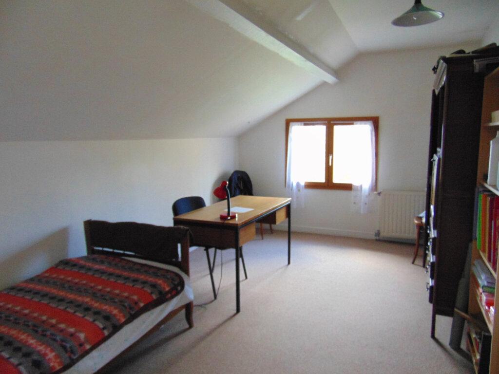 Maison à vendre 7 147m2 à Hauteville-Lompnes vignette-11