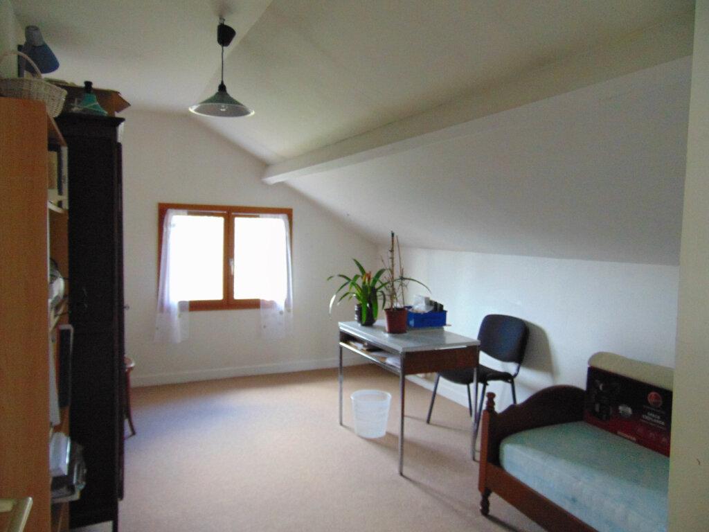 Maison à vendre 7 147m2 à Hauteville-Lompnes vignette-13