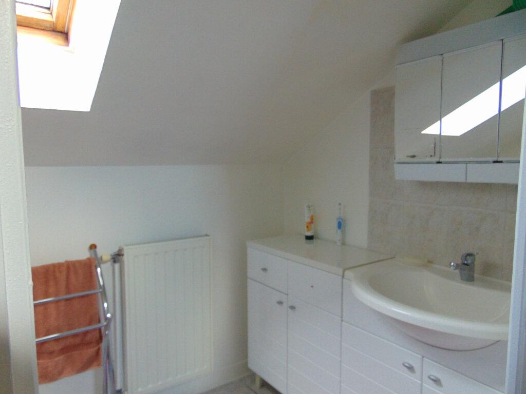 Maison à vendre 7 147m2 à Hauteville-Lompnes vignette-16