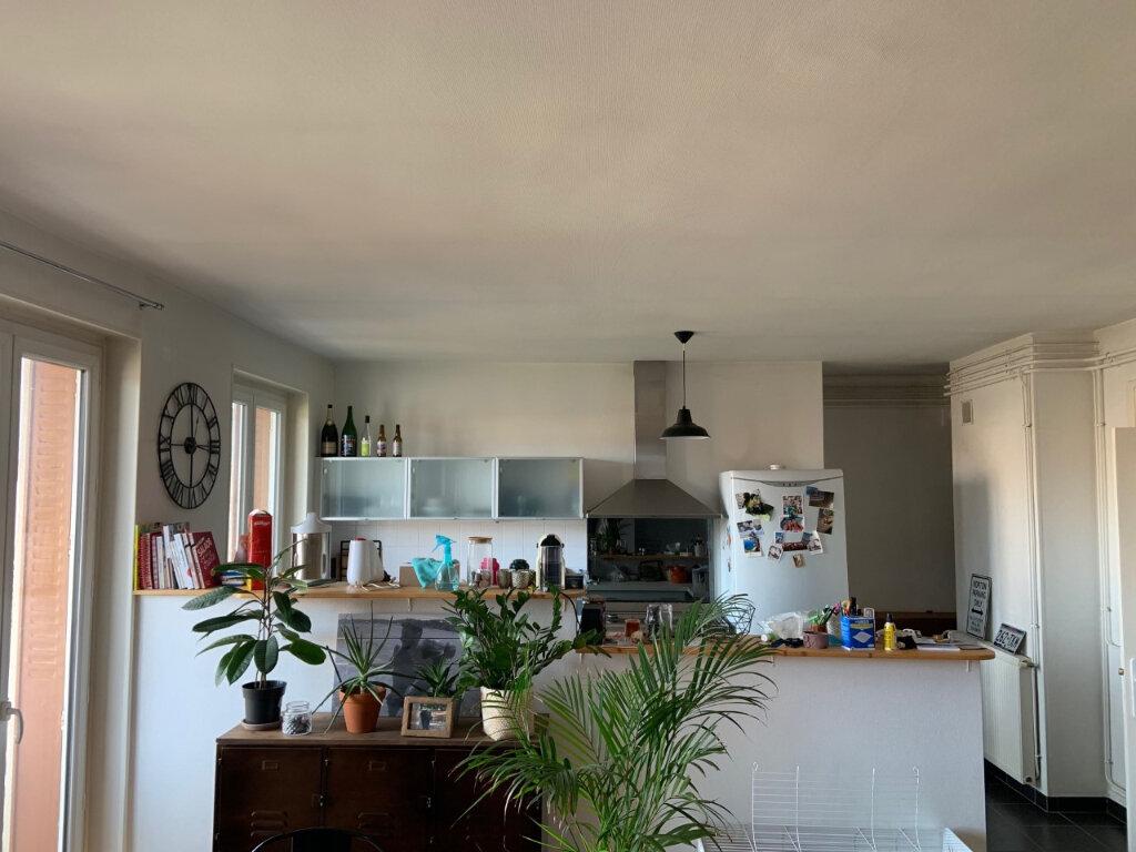 Appartement à vendre 3 77.5m2 à Bourg-en-Bresse vignette-2