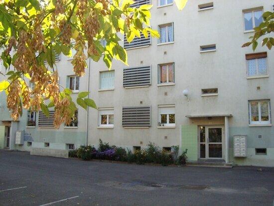 Appartement à vendre 4 65m2 à Dole vignette-8