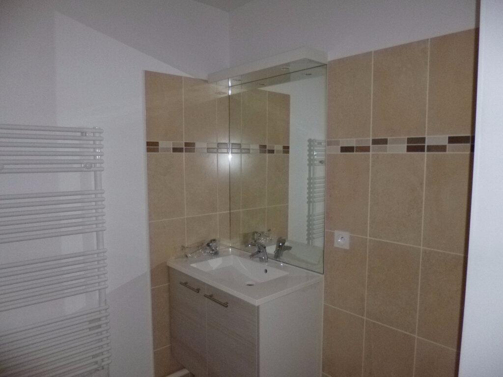 Appartement à louer 2 37.12m2 à Dijon vignette-4