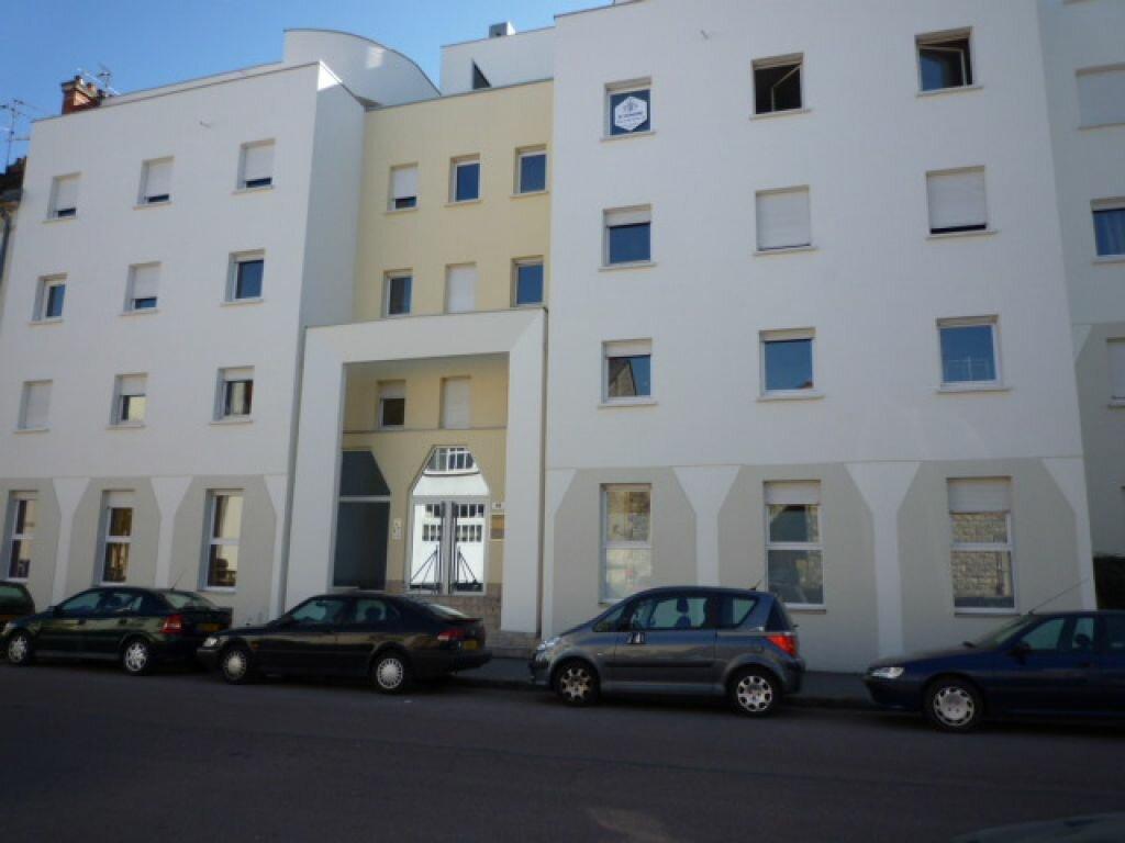 Appartement à louer 1 23.68m2 à Dijon vignette-1