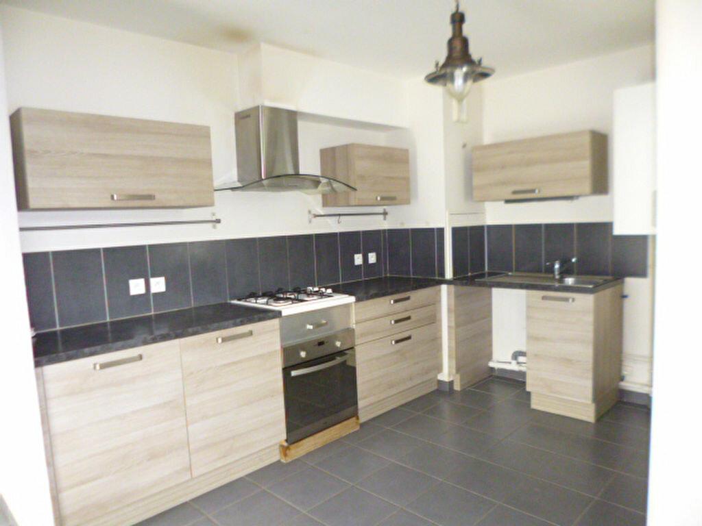 Appartement à louer 4 85m2 à Dijon vignette-2